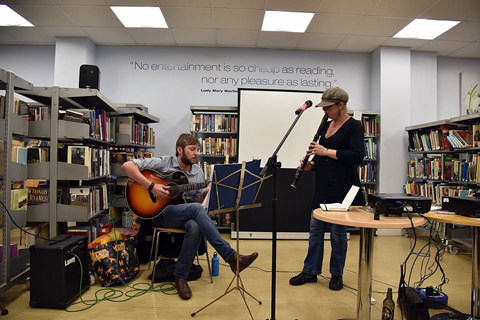 Didi Bergman and Rew Oates performing at the launch